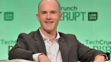 Photo of Coinbase CEO Pens Words of Caution to Crypto Newcomers