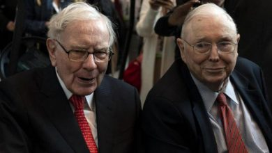 Photo of Warren Buffett's Best Friend Tells Why He 'Hates' To See Bitcoin Succeed